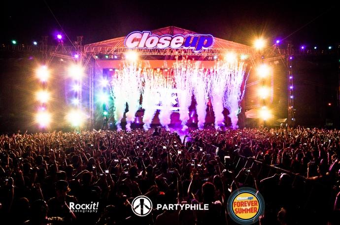 CloseUpForeverSummer2015-8