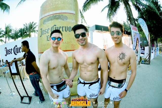 PARTYPHILE FESTIVAL PASS LABORACAY 2016 Photo by: www.fb.com/JaCasPhotography